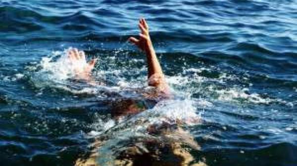 نجات جان 50 نفر از غرق شدن در دریای خزر